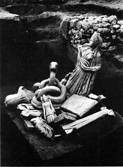 Statuete descoperite la Tomis.
